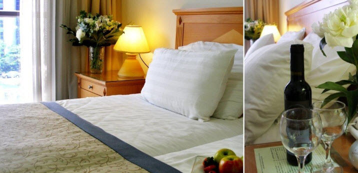 Bed room with 2 beds